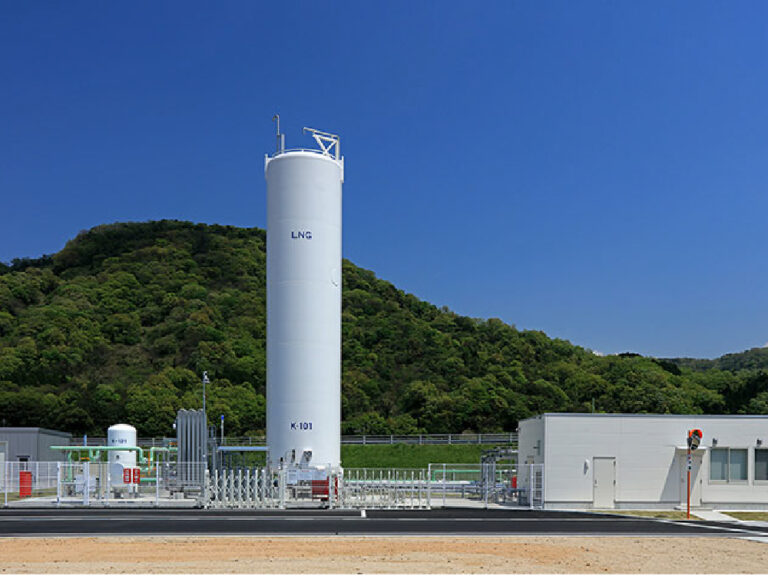 LNGサテライト基地(鳥取ガス株式会社 布袋工場)